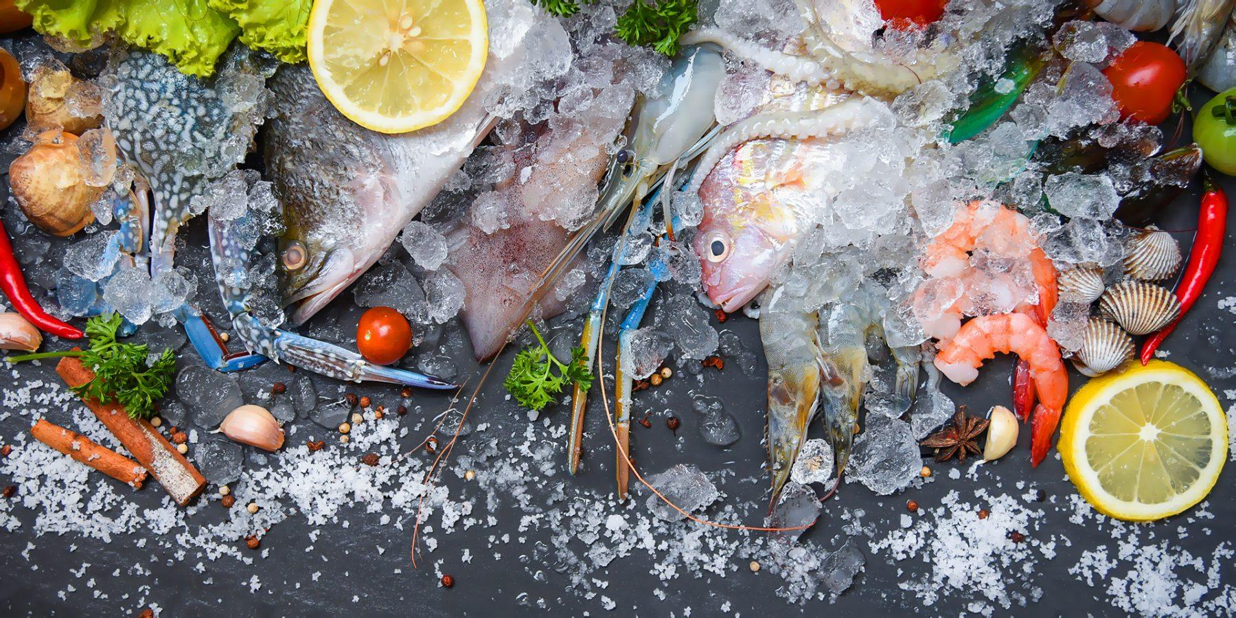 fresh fish food in the mediterranean islands