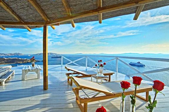 mykonos-villa-with-amazing-view