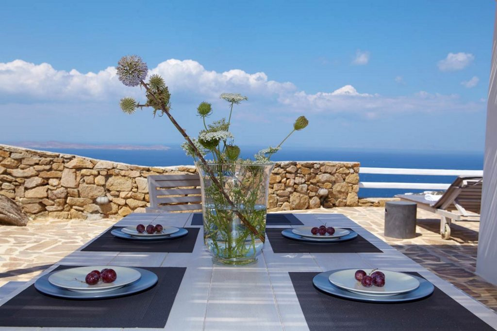 ideal place to have breakfast with your friends or family