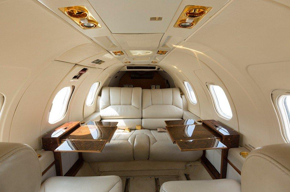 CHARTER A PRIVATE JET IN MYKONOS