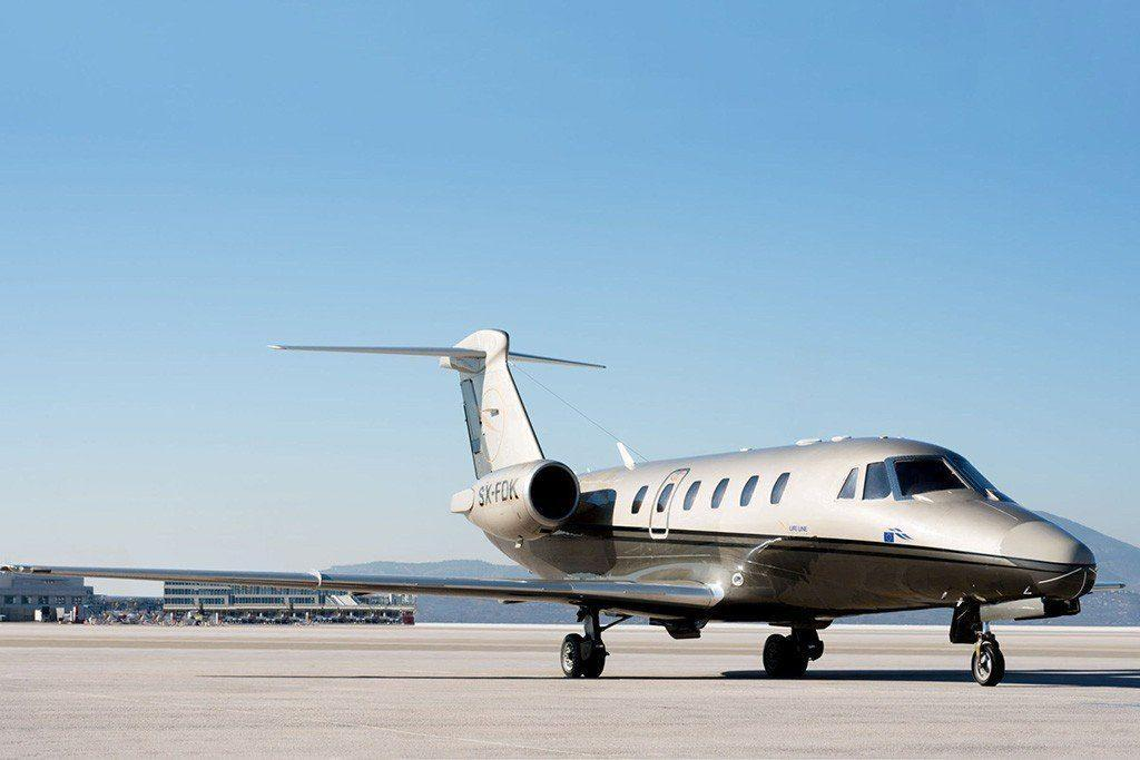 Citation III Grey jet, Jet exterior, Jet wings, Sky