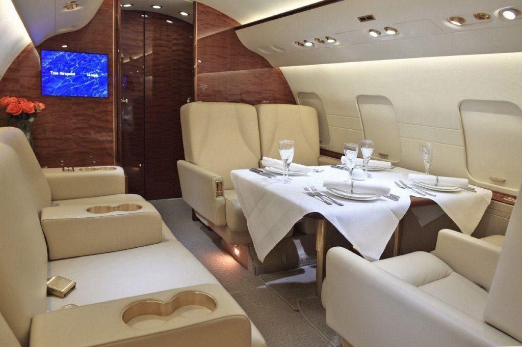 jet with nice decorated area for eating