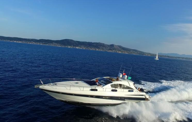 Pershing 65, Express, port, deck, cruising, open sea