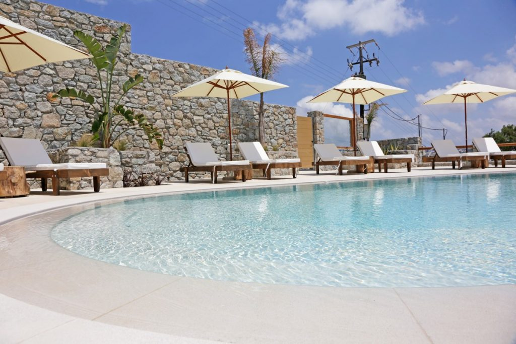 Villa Angelica Kanalia Mykonos outdoors pool and sunbeds