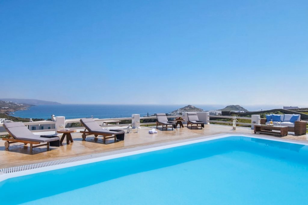 Villa Stella Kalafatis Mykonos pool and sunbeds and the panoramic view