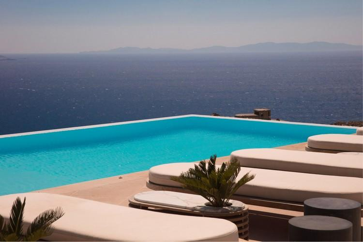 Villa_Nika_11.jpg Tourlos Mykonos Outdoor, climbers, pool, sea, sky, hill