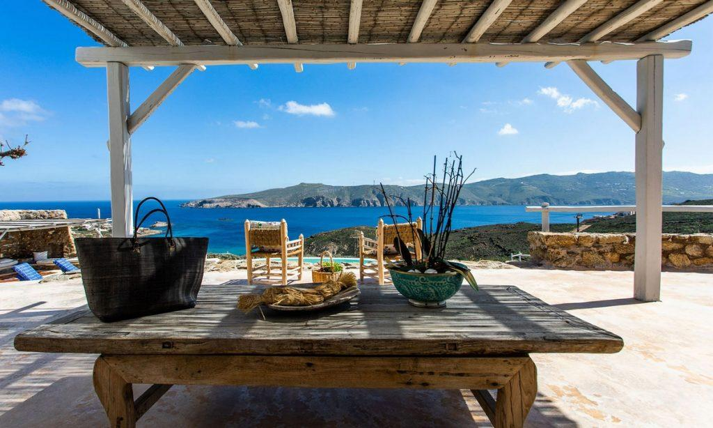 Villa Bob Agios Sostis Mykonos, outdoor, pool, sea, sky, table, bag, bowl, chairs
