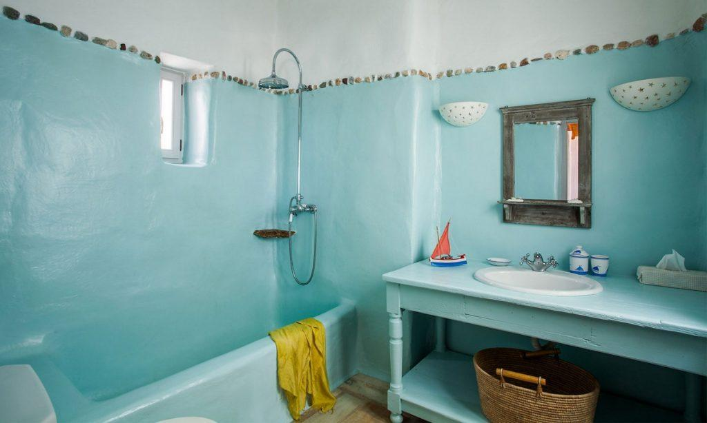 Villa Bob Agios Sostis Mykonos, 2nd bathroom, shower, washstand, mirror, towels, window