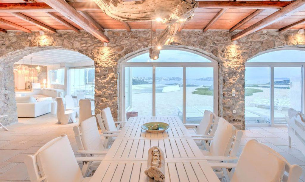 dining area for eating and enjoying in outdoor view