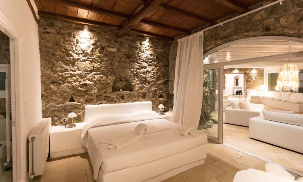modern bedroom with comfort bed and night lamps