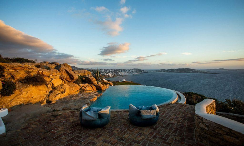 Villa-Greta_44.jpg Tourlos Mykonos Outdoor, pool, climbers, rock, flowers, hill