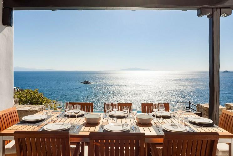 outdoor dining area to eat and enjoy in stunning view