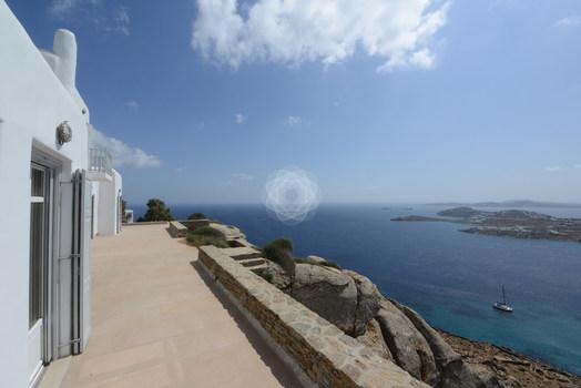 Villa_Ophelia_23.jpg Agios Lazaros Mykonos Outdoor, terrace, windows, boat, sea, sky, island