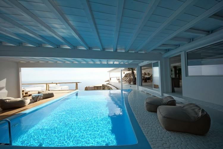 inside pool with cozy climbers and stunning horizon view