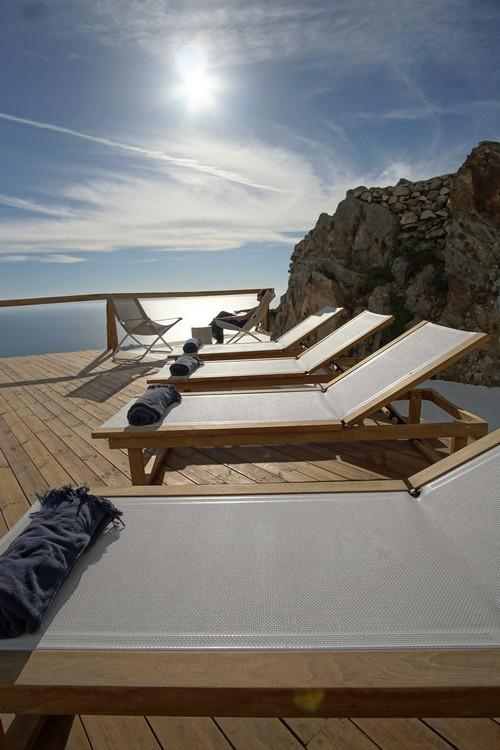 balcony with wooden floor with infinity horizon view