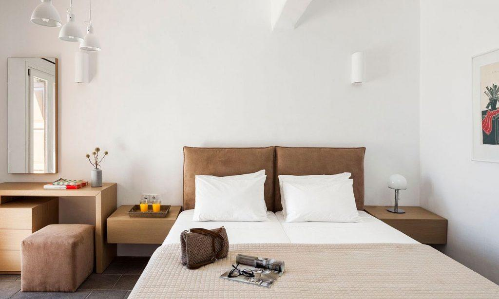 Villa-Agda_33.jpg Agios Ioannis Mykonos, interior, bedroom, double bed, purse, glasses, magazine, book, painting, nightstands, mirror
