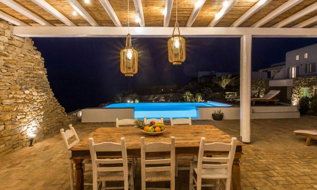 Villa Aggie I Paraga Mykonos, Tabel, Chairs, Pool, Stone wall, Sunbeds, Fruits