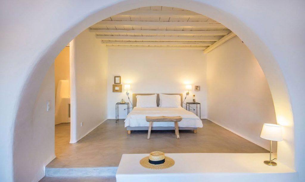 Villa Aggie I Paraga, Mykonos, Outdoor view, Bed, Lamp, Hat