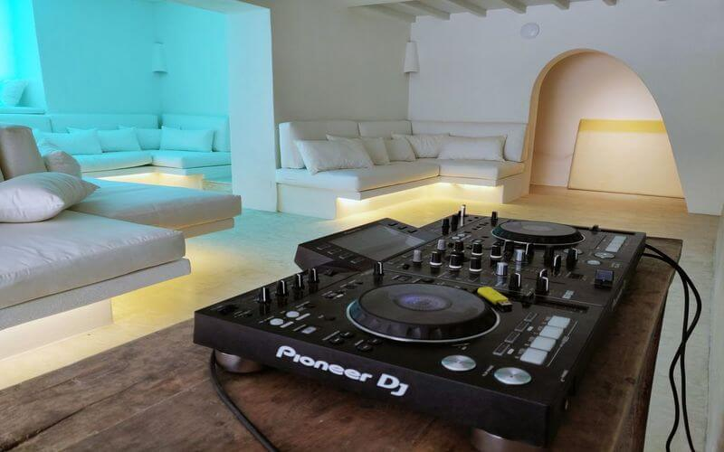 living area with dj equip for better atmosphere