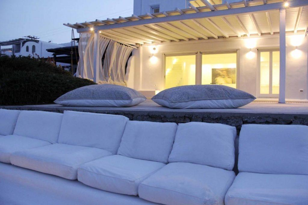 outdoor area with comfort white pillows