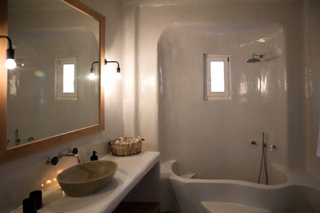 bathroom for showering with huge mirror