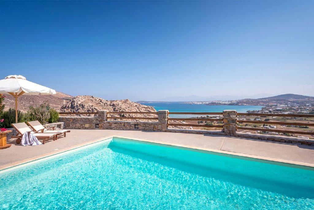 stunning view of sea horizon by the pool perfect to have a cocktail and relax