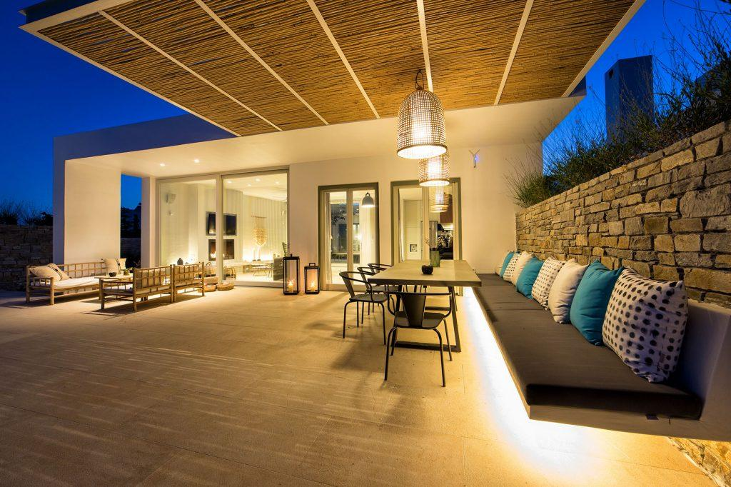 porch area terrace ideal for throwing a party or enjoying with friends in the evening