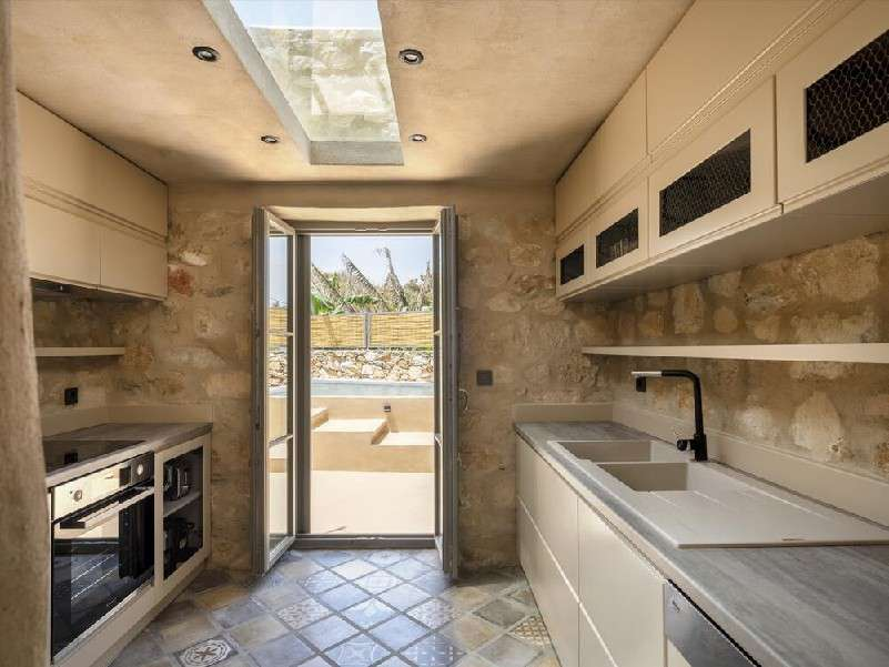 applied layout kitchen with all required appliances including dishwasher machine