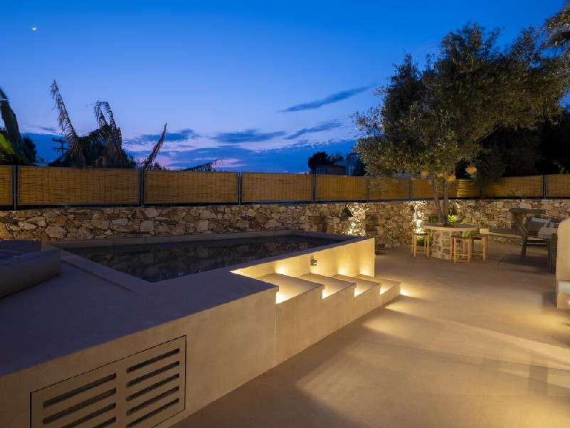 pool area ideal for throwing a party or enjoying with friends in the evening