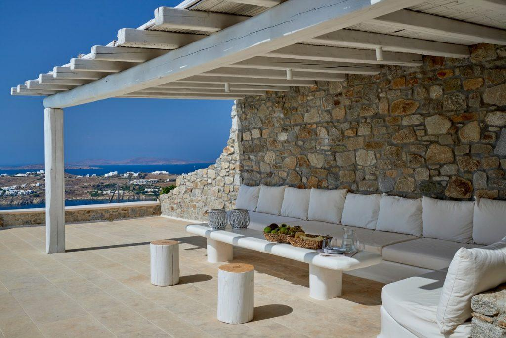 balcony with a beautiful view of the infinitely sea