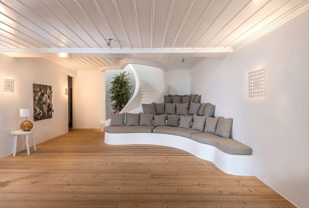 living area for relaxing and hanging out