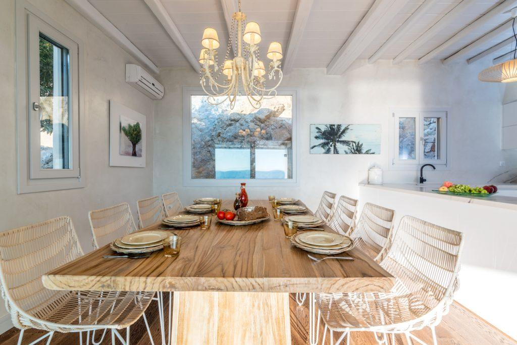luxury dining room ideal for an elegant lunch with friends