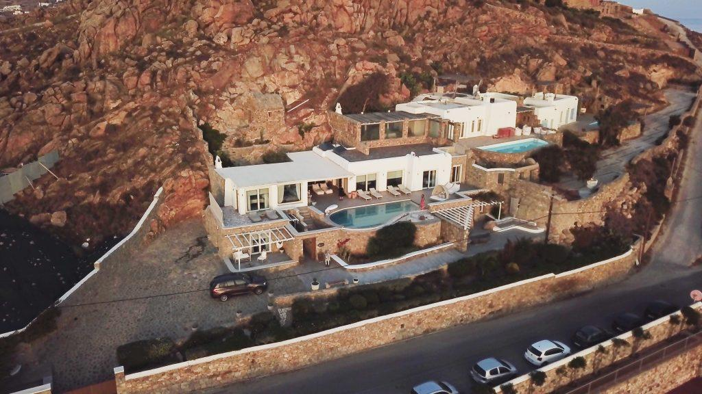 huge luxury villa with two pools and private parking
