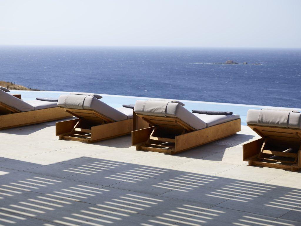 relax and decompress in comfortable sunbeds