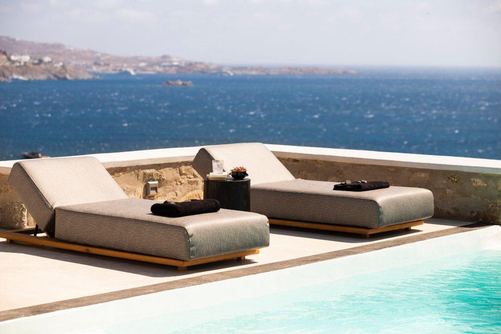 perfect outdoor area with beautiful sea view