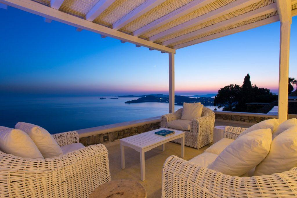 ideal place for a relaxing evening with a good book and an amazing sunset over the blue sea