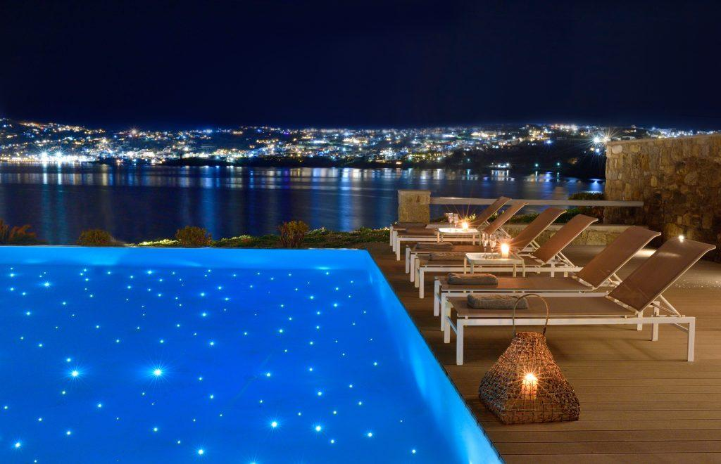 sea view and beautifully lit city from the pool