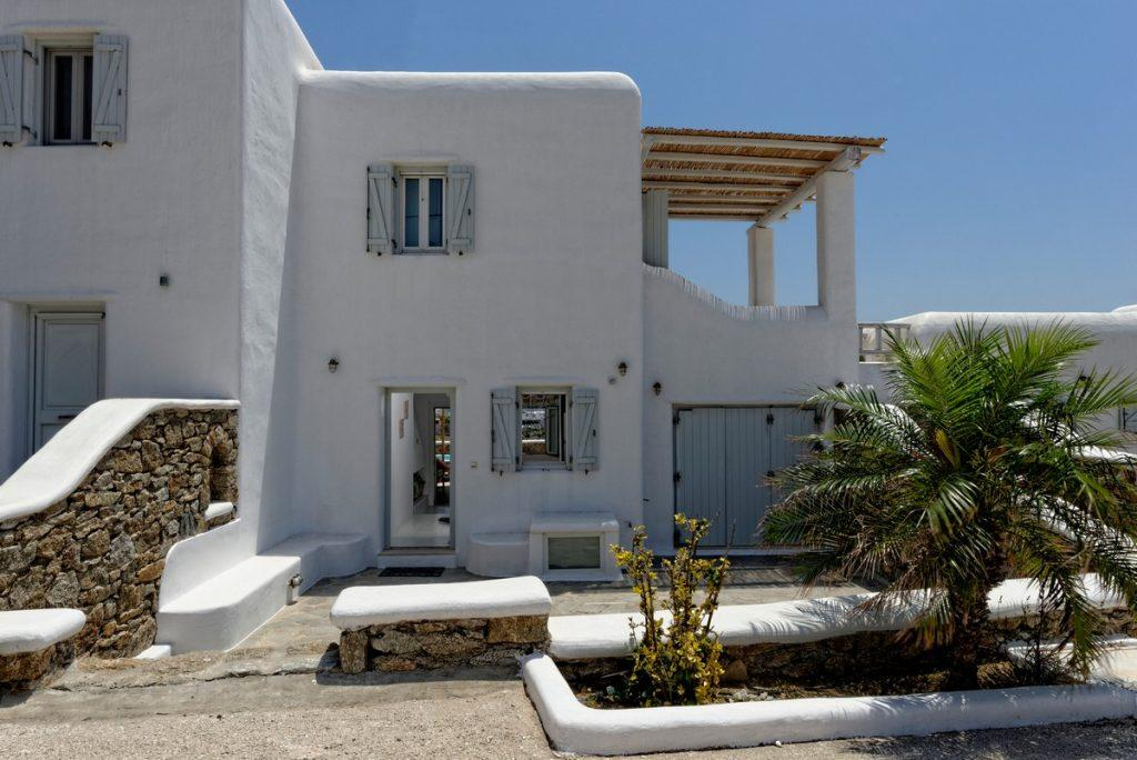 white wall spacious villa with generous offer