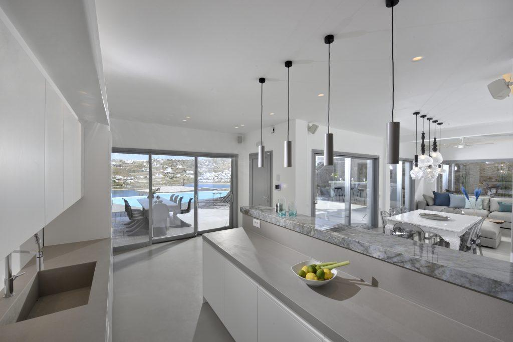 luxurious space in white and gray, ideal for hanging out with friends and family