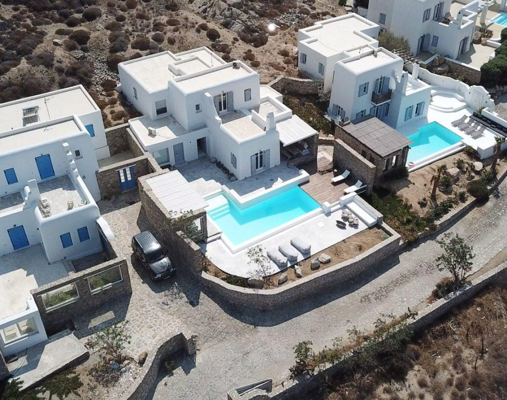 luxury villa with private parking and pool